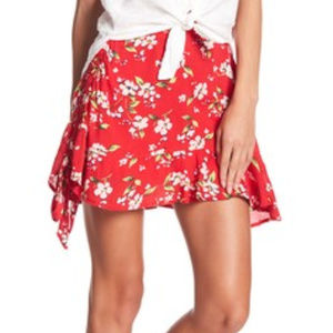 NEW ABOUND Ruched Flounce Floral Skirt